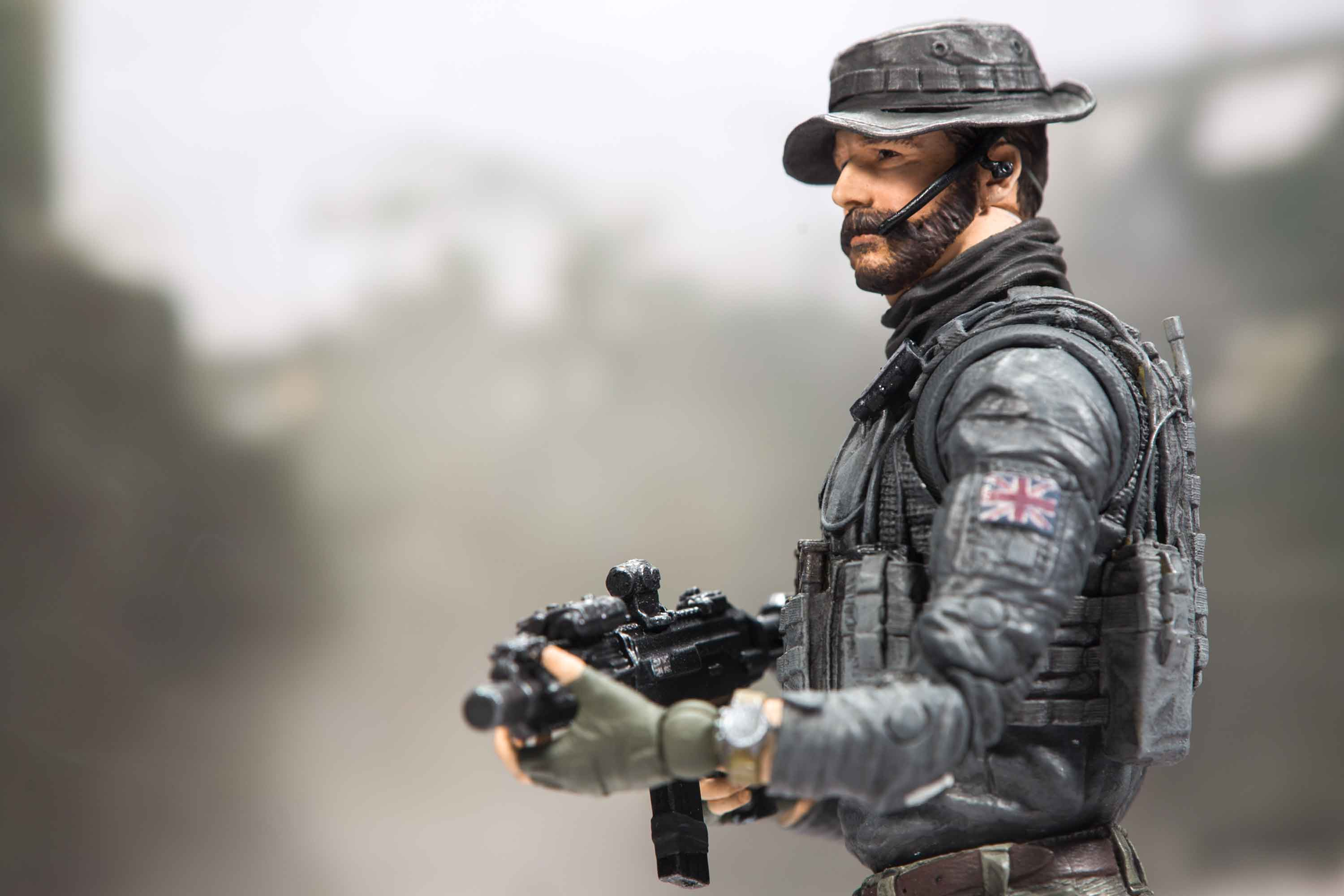 Call Of Duty Modern Warfare Add Captain Price To Your Collectible Figure Squad